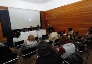 conferencia sobre maltrato infantil en el Ateneo /