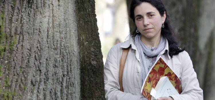Estrela Gómez: «A falta de formación impide detectar máis casos de maltrato infantil»